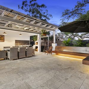 Alfresco Tiles - Silver Travertine Tumbled 406x610